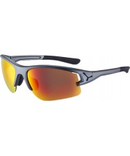 Cebe 灰色のサングラスの向こう側のCbacros6